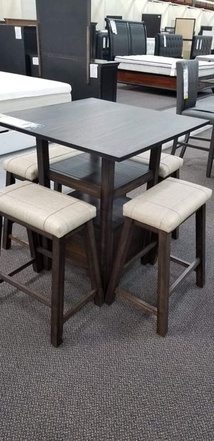 5 pc dining table for Sale in Montclair, CA