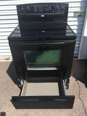 whirlpool stove black electric,in good working condition Everything very clean and nice one month warranty deliver available for Sale in Tempe, AZ