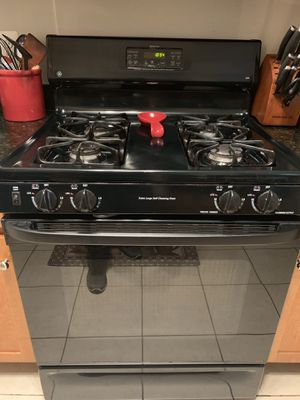 FOR SALE: General Electric Appliances- Stove, Refrigerator, Dishwasher, Microwave for Sale in Alexandria, VA