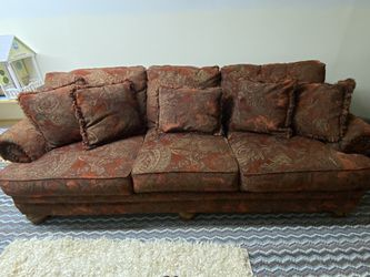 Comfortable Large Sofa for Sale in Dayton,  OR