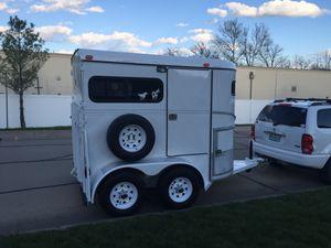 2001 Wrangler 2 horse bumper pull trailer for Sale in Eolia, MO