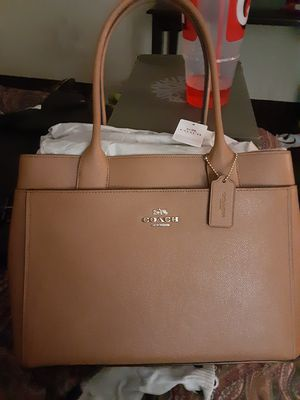 Coach purse 400 for 150 Vince camuto 180 for 80 for Sale in Phoenix, AZ