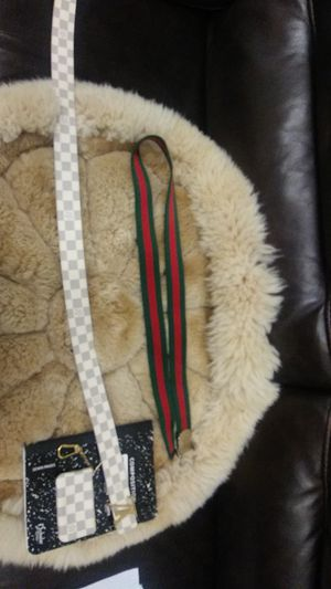 Luios vitton belt and wallet gucci belt 600 for em all 110/44 115/46 in sizes for Sale in Orlando, FL