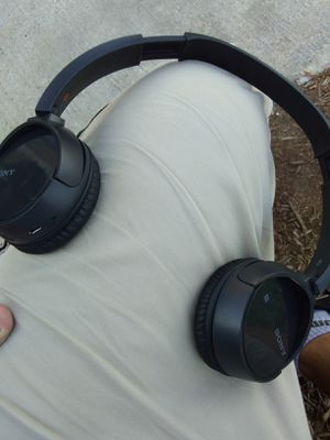 Sony wireless headphones for Sale in Houston, TX