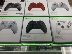 Xbox one Controls $40-$50 each Gamehogs 11am-7pm for Sale in East Los Angeles, CA