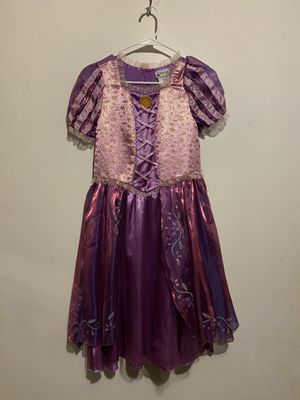 Disney princess Rapunzel dress. Size L for Sale in Fullerton, CA