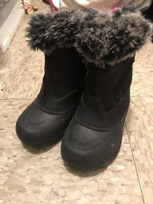 The Northface girls 11 Boots for Sale in Lynn, MA