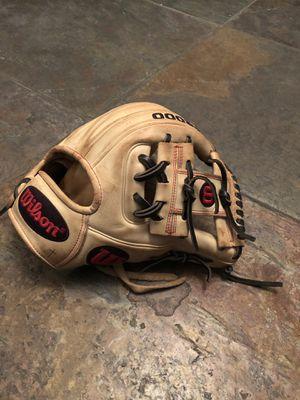 Wilson A2000 Baseball Glove for Sale in Phoenix, AZ