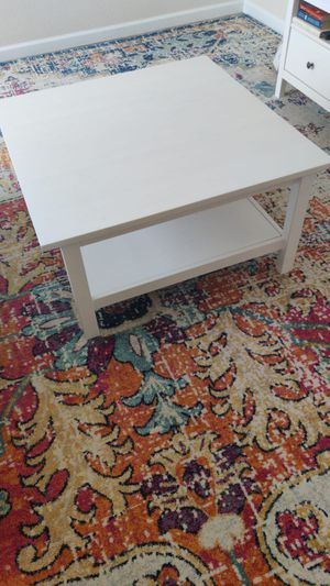 Coffee table for Sale in Petaluma, CA