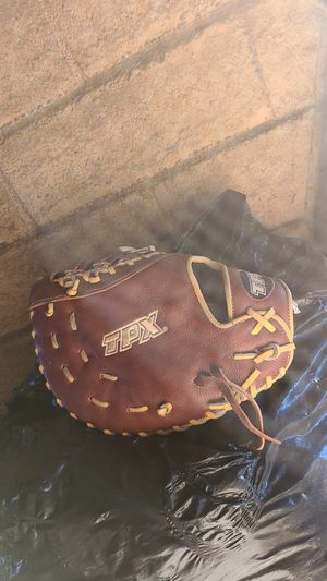 TPX Firstbaseman baseball glove brand new for Sale in Manteca, CA