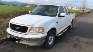 Ford F-150 2002 lariat for Sale in McMinnville, OR