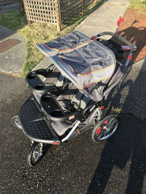 Baby Trend Double Infant Car Seat for kids for Sale in Everett, WA