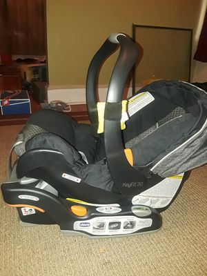 Infant / baby car seat for Sale in Boston, MA