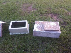 Boat fiberglass two live wells and console for Sale in Eustis, FL