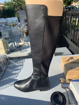 Brand new Michael kors rain boots for Sale in Highland, CA