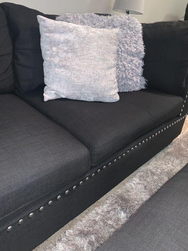 Black linen Sectional w/ Ottoman