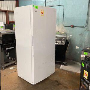 🥶🥶Frigidaire 20 ft.³ upright freezer FFFU20F2VW 7V36 for Sale in San Antonio, TX