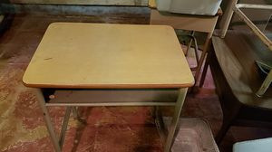 OLD FASHIONED VINTAGE SCHOOL DESKS for Sale in Akron, OH