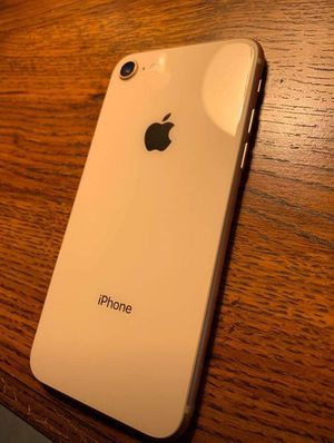 Iphone 8 64GB Rose Gold Unlocked for Sale in El Paso, TX