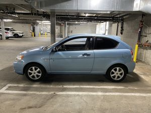 '08 Hyundai Accent - Standard Transmission for Sale in Calabasas, CA
