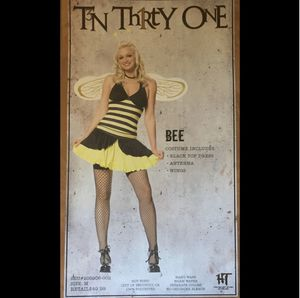 Cute Bumble Bee Costume, size Medium for Sale in Federal Way, WA