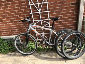 Specialized Rockhopper Mountain Bike 21 speed for Sale in Mount Prospect, IL