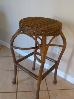 Outdoor Patio Stool Or Use Inside, Plastic Wicker Over Metal Frame 29.5 Tall for Sale in Lawrenceville,  GA