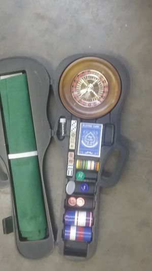 Violin case with roulette wheel inside for Sale in Fairfield, CA