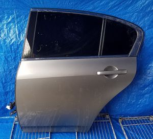 2007 - 2015 INFINITI G37 G35 Q40 REAR LEFT DRIVER SIDE DOOR GRAY for Sale in Fort Lauderdale, FL