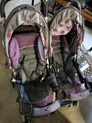 Double stroller for Sale in Tacoma, WA