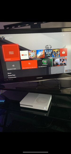 Xbox one for Sale in Parkville, MD