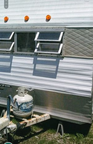 Camper for sale 700 cash in good shape for Sale in Council Bluffs, IA