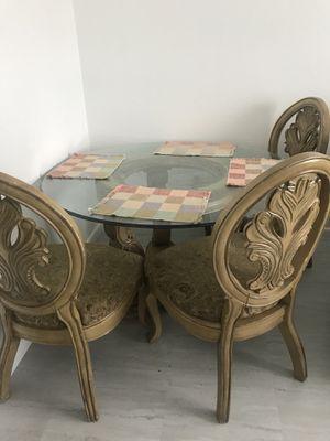 Family dinning table for Sale in Avon Park, FL