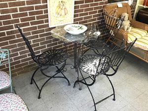bistro table , three chairs for Sale in Fort Washington, MD