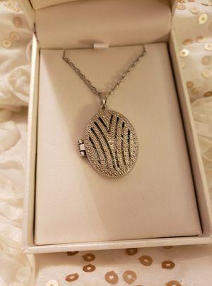 Daniels Jewelers Silver Locket Pendant for Sale in Santa Ana, CA