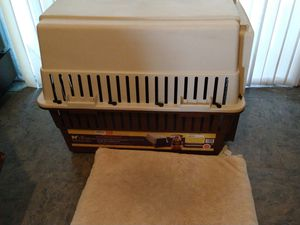 Large dog crate portable kennel with cushion mat 36 inches long 26 in wide 28 in tall for Sale in Ontario, CA