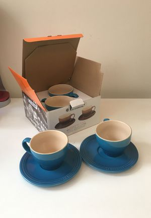 Le creuset cappuccino cups set of 4 (bistro set) for Sale in Washington, DC
