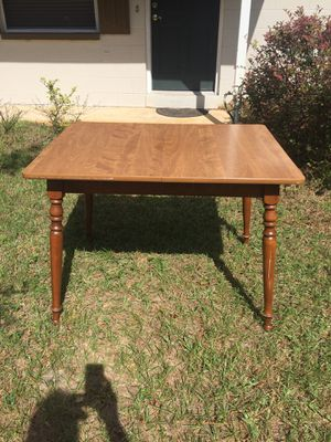 Kitchen Table for Sale in Altamonte Springs, FL