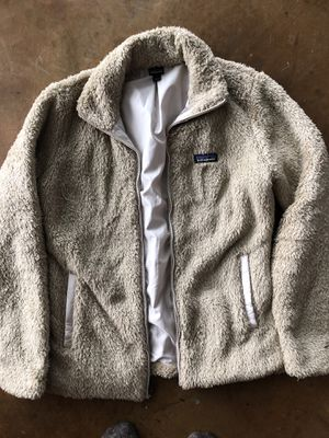 New Patagonia coat for Sale in Virginia Beach, VA