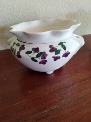 African Violet 2 piece self watering planter for Sale in Mountain View, CA