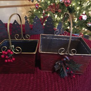 2 Metal Baskets And A Pines Metal Set (candle Holders ) for Sale in Magnolia, TX