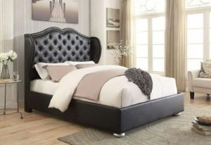 New Queen size Bed & Mattress for Sale in Puyallup, WA