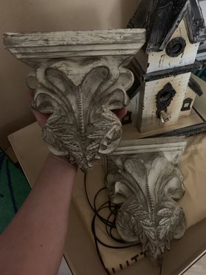 Gorgeous wall shelves~* for Sale in Hidden Hills, CA