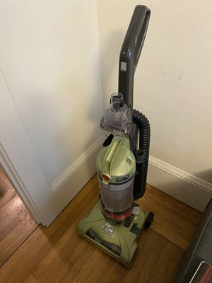 Hoover wind tunnel vacuum for Sale in Albany, CA