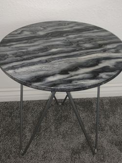 Round Marble/Steel Silver & Charcoal Side Table for Sale in San Diego,  CA