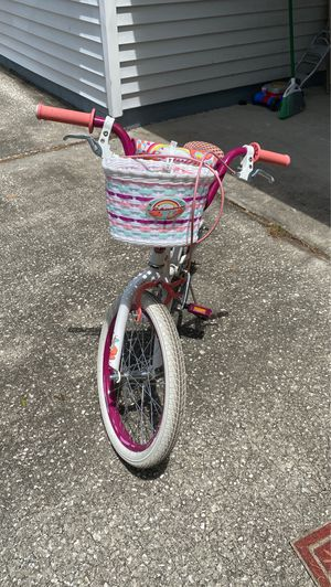 Schwinn girls bike. 18 inch wheels. Good condition. (Located in South Tampa) for Sale in Tampa, FL