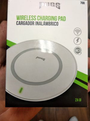 Wireless charger pad earbuds with microphone for Sale in West Jordan, UT