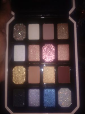 Brand new Too faced Pretty&Rich pallet for Sale in Cleveland, OH