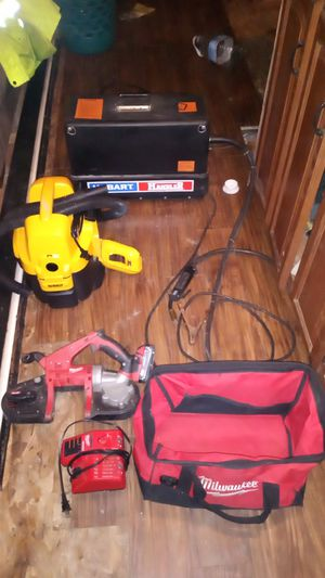 Hobart 110 volt MIG welder DeWalt battery-powered vacuum cleaner with 110 Milwaukee cordless portaband for Sale in Tracy, CA