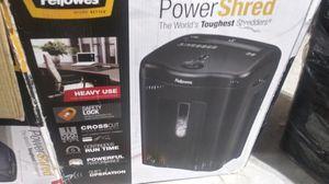 Brand new 11sheet count felllowes heavy duty papper shredder for Sale in Olathe, KS